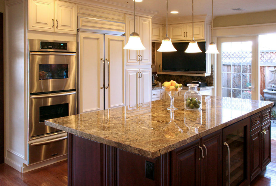 Cream maple glaze kitchen cabinates photos pictures - How to glaze kitchen cabinets cream ...