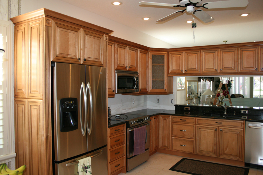 honey maple kitchen cabinets honey maple kitchen cabinates photos pictures 16599